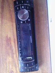 Продам магнитолу soundmax SM-CDM1048.